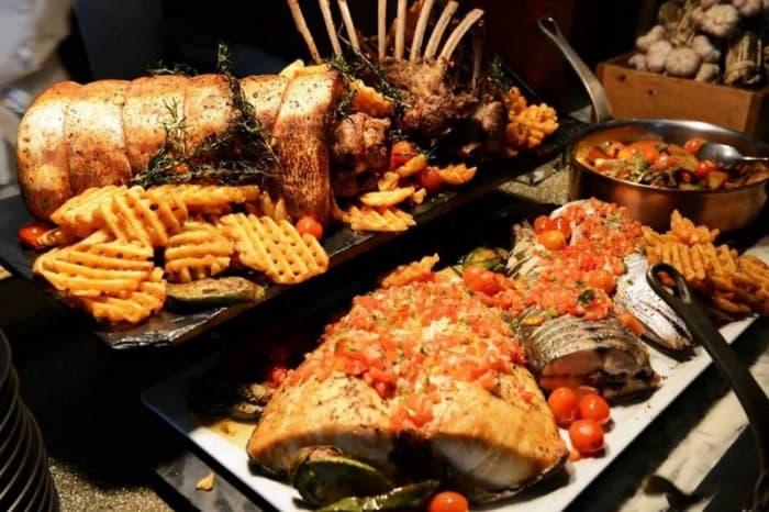 Buffet hải sản Baiyoke Sky Bangkok