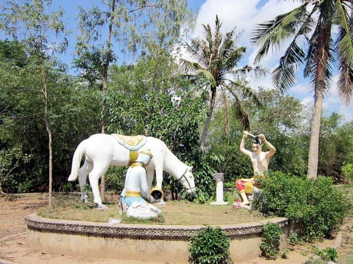 Bộ tượng tại chùa Chén Kiểu (chùa Sà Lôn)