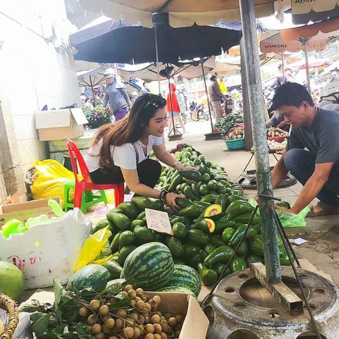 Trái cây ở chợ Đà Lạt