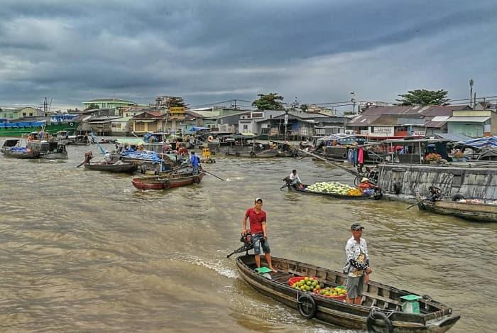 Chợ nổi Cái Răng - địa điểm du lịch nổi tiếng Cần Thơ