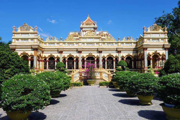 Địa điểm du lịch Tiền Giang: Chùa Vĩnh Tràng