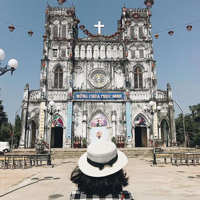 Tổng thể kiến trúc nhà thờ Mằng Lăng
