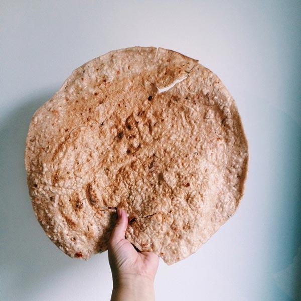 Bánh tráng dừa đặc sản Quy Nhơn
