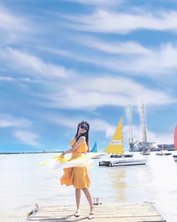 Chụp hình ở bến du thuyền Marina Vũng Tàu