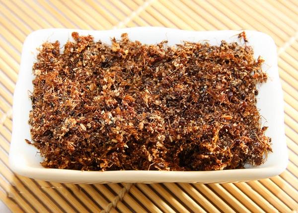 Muối kiến vàng đặc sản làm quà Phú Yên