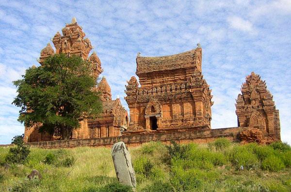 Du lịch Ninh Thuận - Tháp Po Klaong Garai