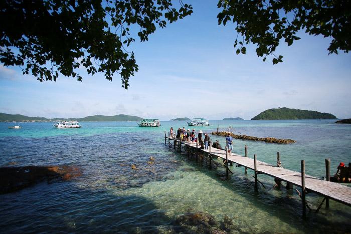 Cầu tàu ở đảo Nam Du