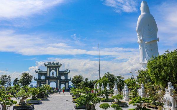 Kiến trúc chùa Linh Ứng Bãi Bụt