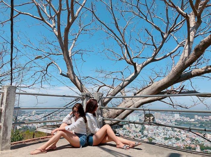 Thành phố Vũng Tàu nhìn từ hải đăng